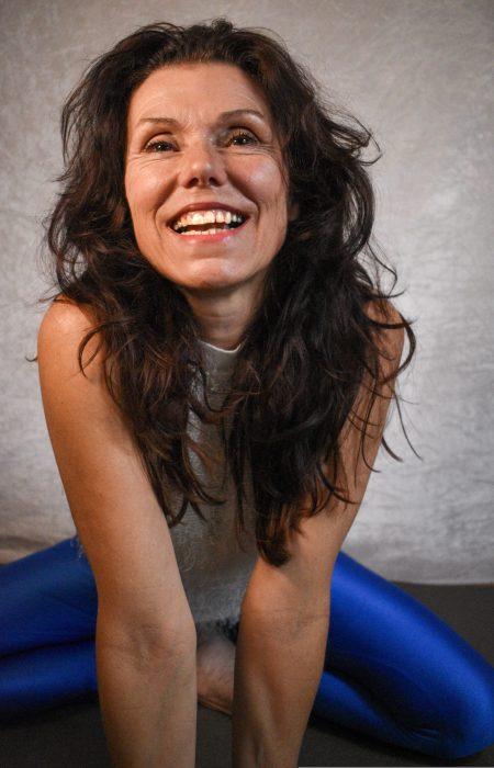 Lalita Michele Furrer Yoga und Expertin für Körper-Geist-Balance